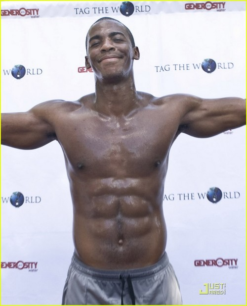 Mehcad Brooks 05